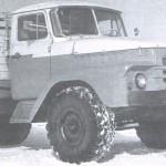 Урал-377М образца 1968 года со стеклопластиковым оперением, радикально поменявшим утилитарный армейский облик.
